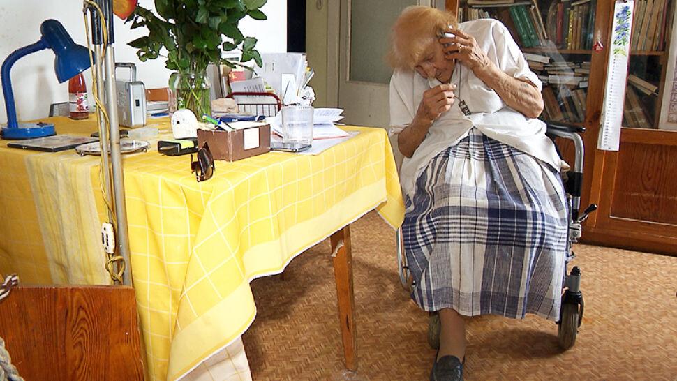 """Była więziona w Auschwitz, teraz potrzebuje protezy. Wsparcie otrzymała od widzów """"Faktów"""""""