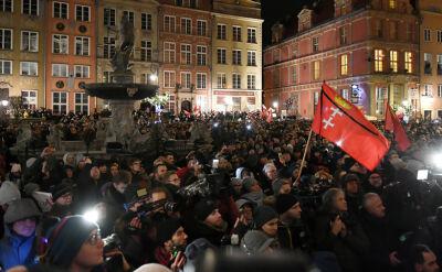 """""""Będzie go brakowało"""". Gdańsk i cała Polska żegnają Pawła Adamowicza"""