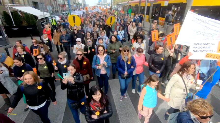 Marsz nauczycieli w Warszawie