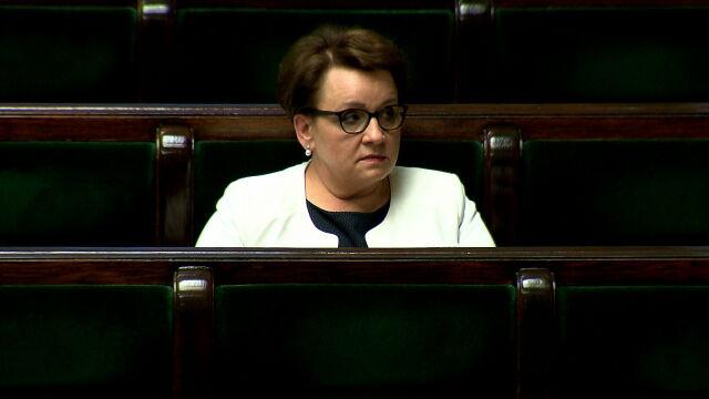 Opozycja chce odwołania minister Zalewskiej. Głosowanie w nocy