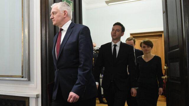 03.04.2020 | Jarosław Gowin proponuje zmienić konstytucję. Opozycja jest przeciwna