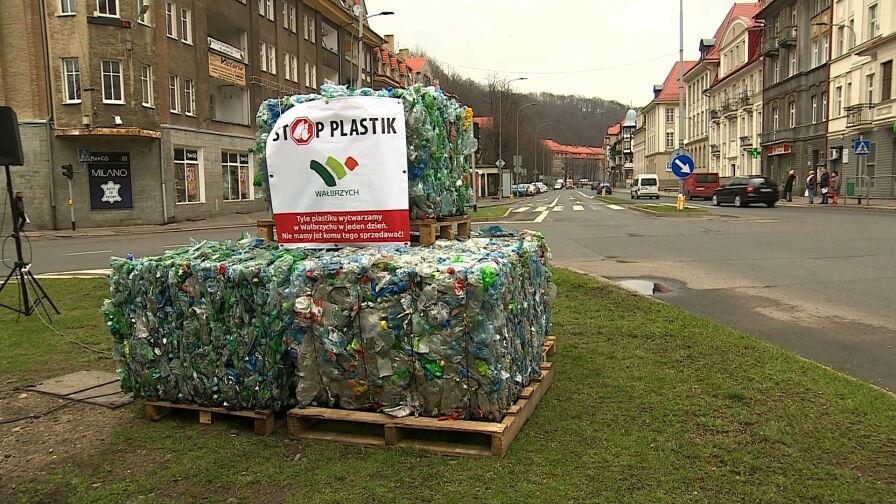 Wałbrzych walczy z plastikiem. Nowa uchwała wprowadza liczne zakazy