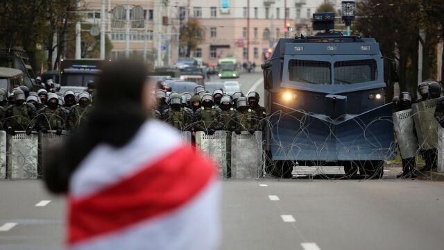 25.10.2020 | Ultimatum dla Łukaszenki i tysiące ludzi na ulicach