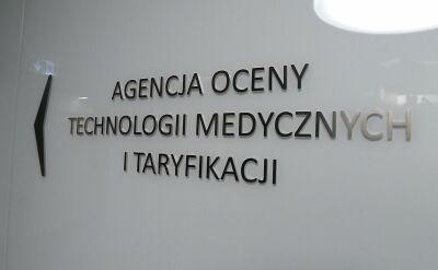 Możliwy konflikt interesów w agencji rekomendującej leki do refundacji. Minister milczy