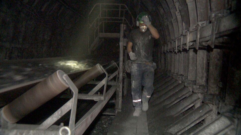 """Na Śląsku przybywa zakażonych górników. """"Coraz większy problem"""""""