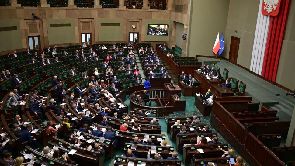 Kolejne pytania o cyberataki na polskich parlamentarzystów. W środę niejawne posiedzenie Sejmu