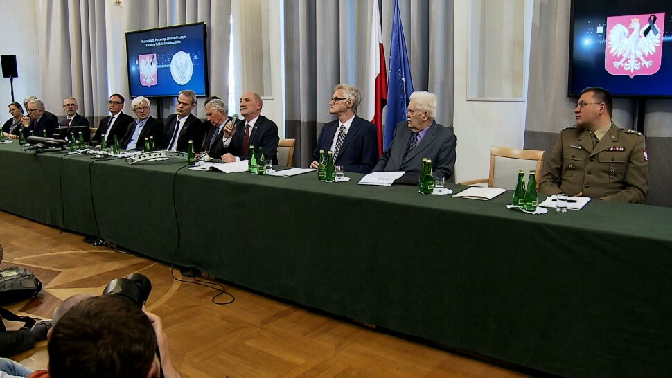 Blisko trzy miliony złotych na działalność podkomisji Antoniego Macierewicza