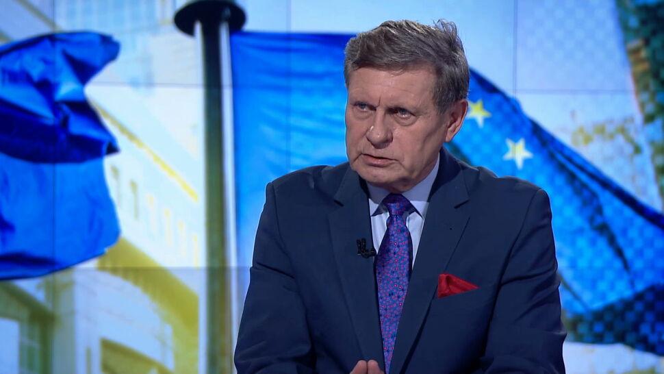 Balcerowicz: PiS ustępuje przed siłą, a nie przed słusznością