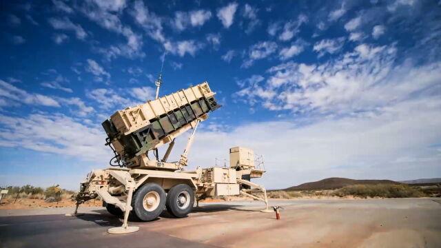 Szef MON: amerykańskie rakiety dostaniemy taniej i szybciej