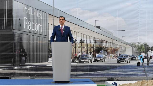 Premier Morawiecki o lotnisku w Radomiu: przełamujemy pewną klątwę