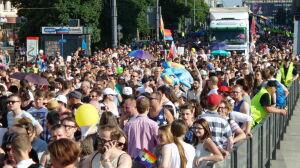 """Parada Równości idzie przez centrum. """"Jest ponad tysiąc osób"""""""