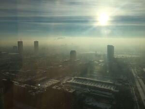 Smog nadal groźny. Zostaw samochód. Komunikacją za darmo