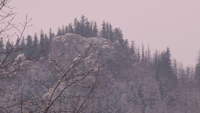 Uwaga, w Tatrach może sypnąć śniegiem