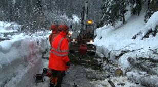 Śnieżyce, lawiny błotne. Groźna pogoda w Europie
